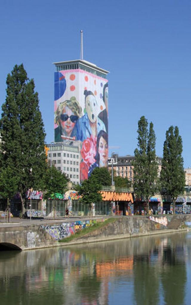 Ringturm Wien Verhüllung